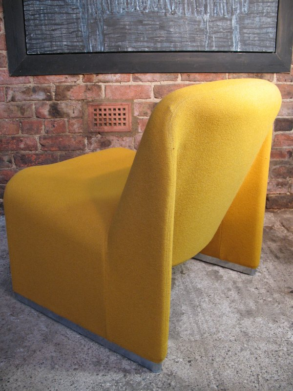 **SOLD**'Alki' Giancarlo Piretti for Castelli orange chair